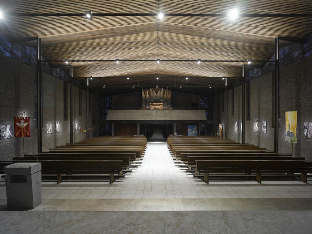 Katholische kirche heilig geist candela - Kohler grohe architekten ...