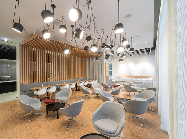 Betriebsrestaurant Wolff & Müller, Lounge