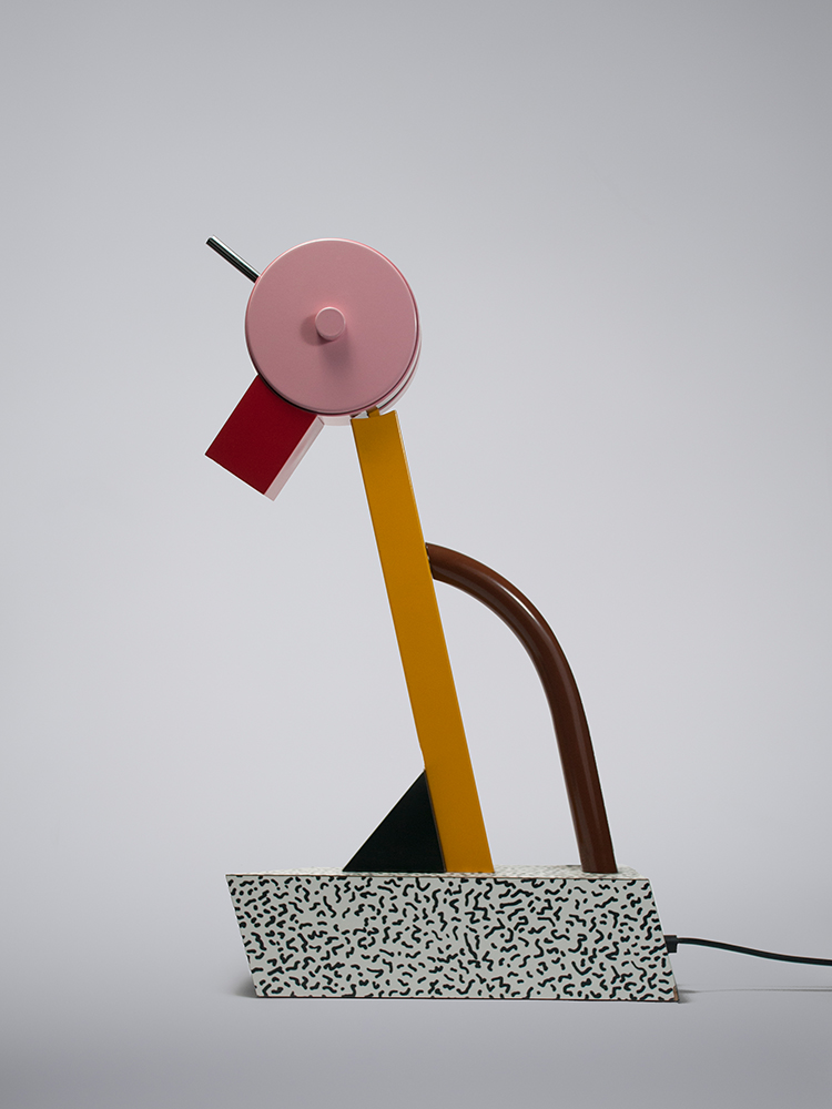 Candela-Lichtplanung-Salone-Tahiti-Ettore-Sottsass