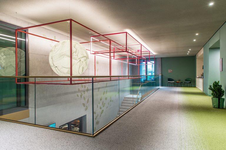 candela-Sonderleuchte-Lichtmatrix-Hilton-garden-Inn-Mannheim-Abbildung