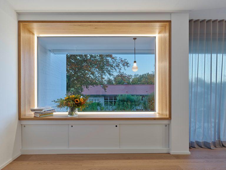 Einfamilienhaus Gerlingen von holzerarchitekten Fenster