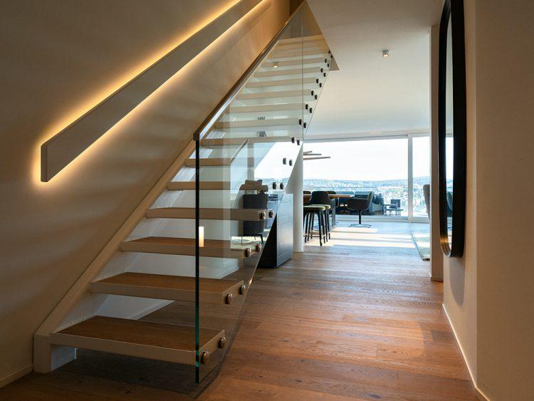 0711 Maisonette Stuttgart von Cyrus Ghanai Treppe