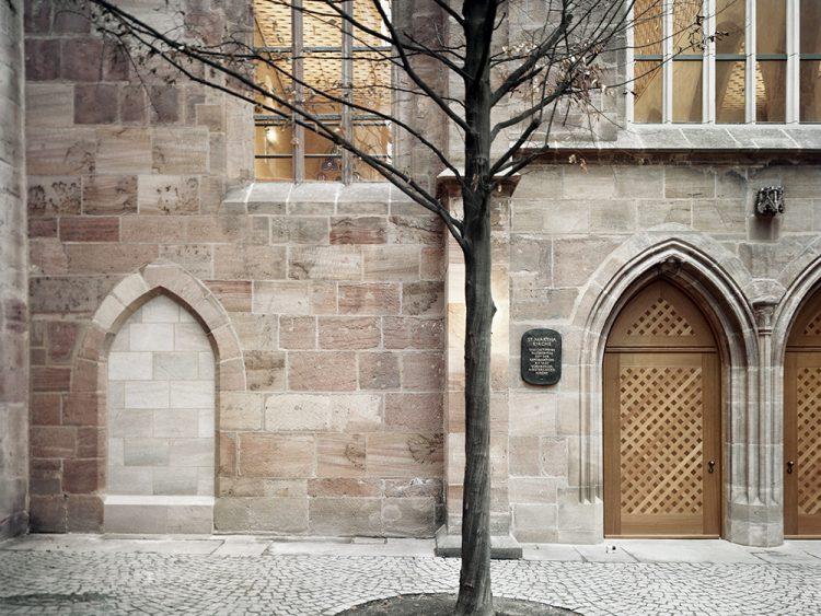 Kirche St. Martha in Nürnberg, Fassade